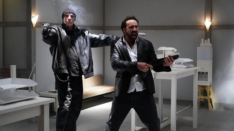 Nick Cassavetes y Nic Cage en Prisoners of the Ghostland